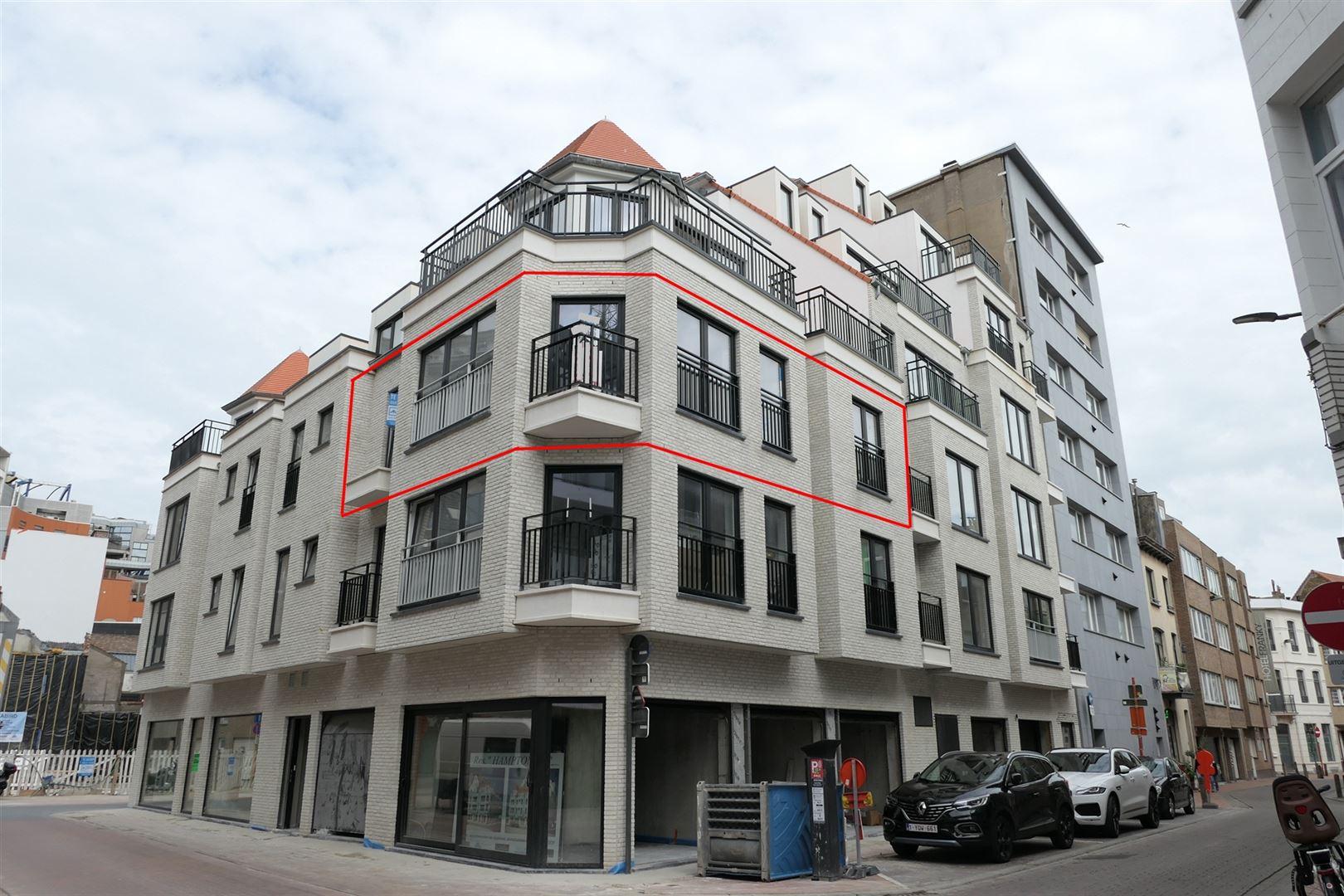 <a class='showAction btn-primary btn' href='/fr/propriete/2/jv21011/appartement-blankenberge-a-louer-non-meuble-2-chambres-a-coucher-vanderstichelenstraat-49'>Découvrez cette offre »</a>